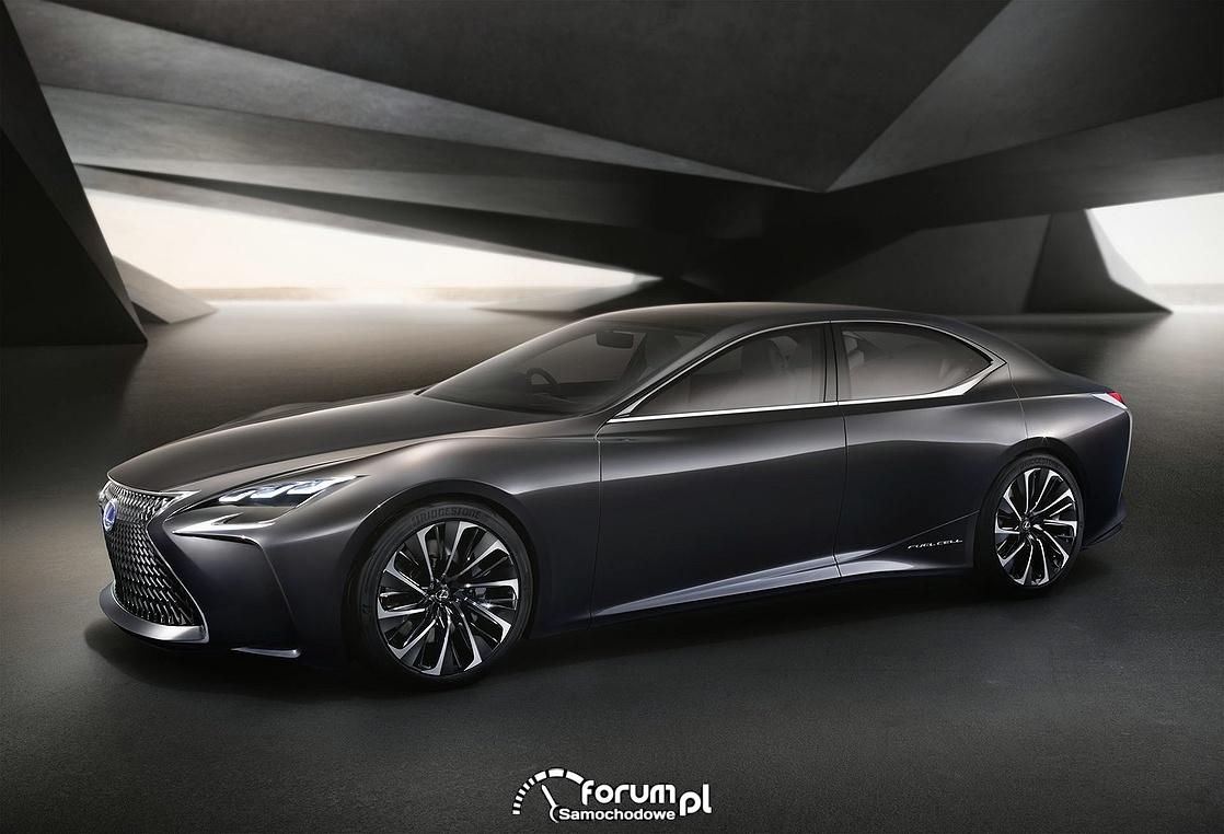 Lexus LF-FC z napędem wodorowym, bok