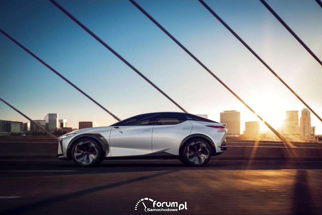 Lexus LF-Z Electrified, bok lewy
