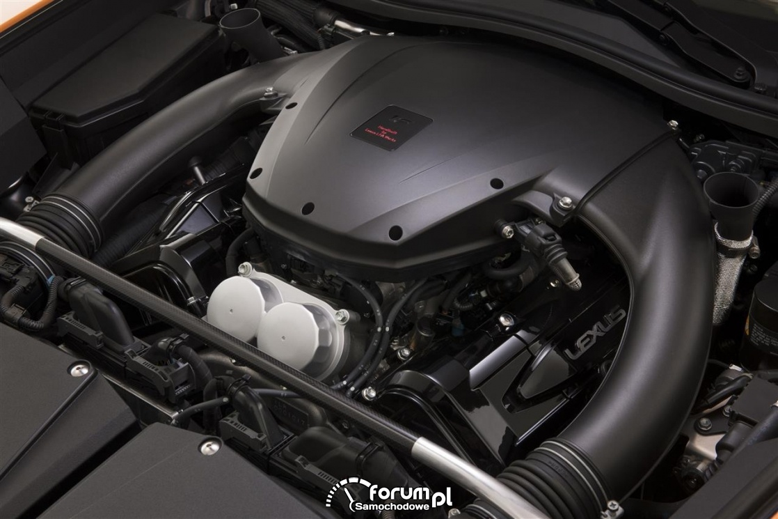 Lexus LFA, silnik