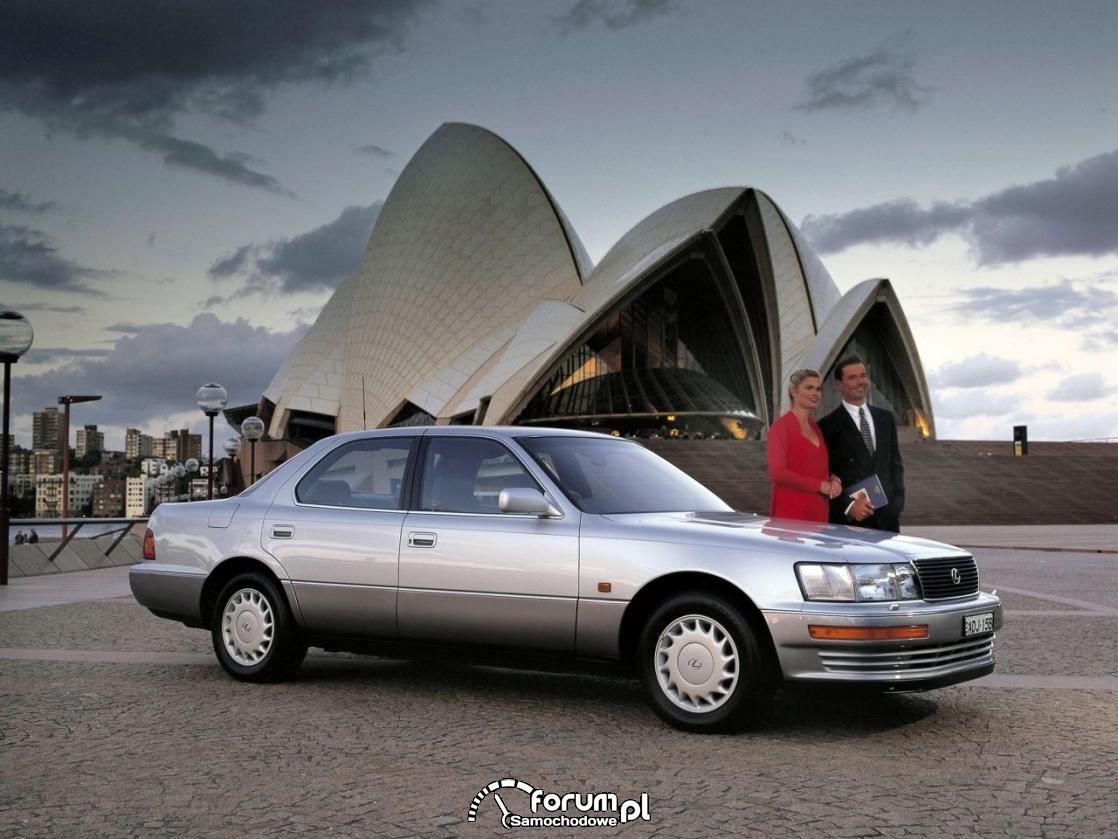 Lexus LS 400, 1990 rok