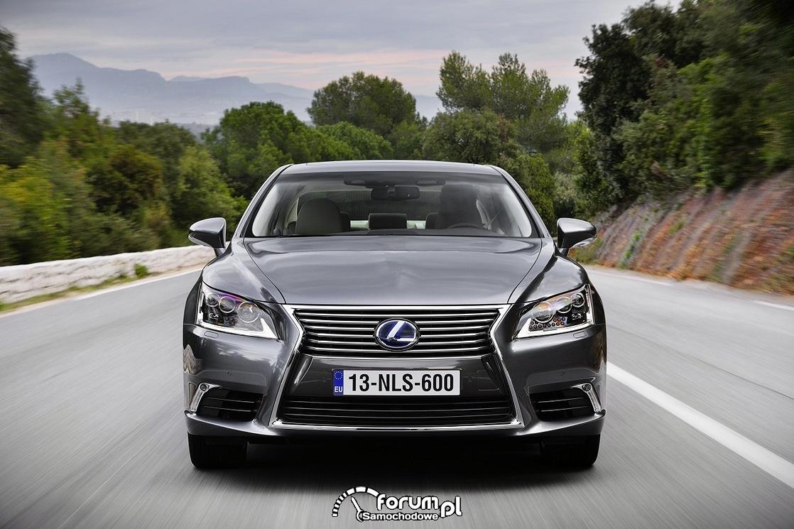 Lexus LS 600h, przód