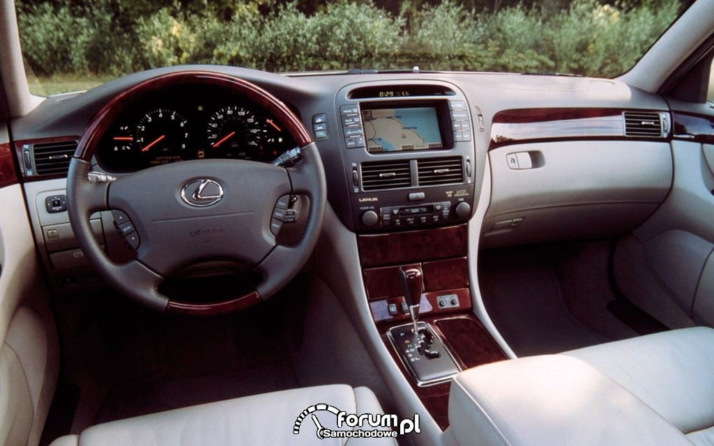 Lexus LS430, wnętrze, deska rozdzielcza