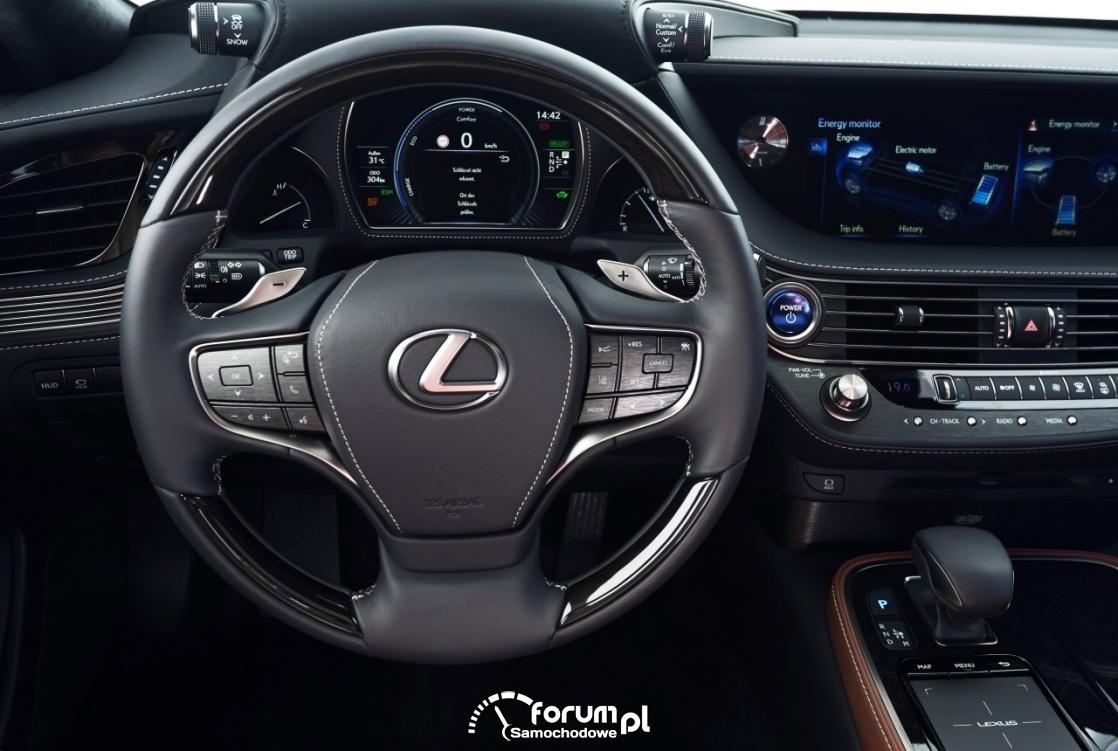 Lexus LS500h, multimedialna kierownica, licznik