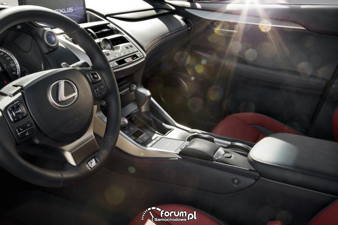 Lexus NX, wnętrze