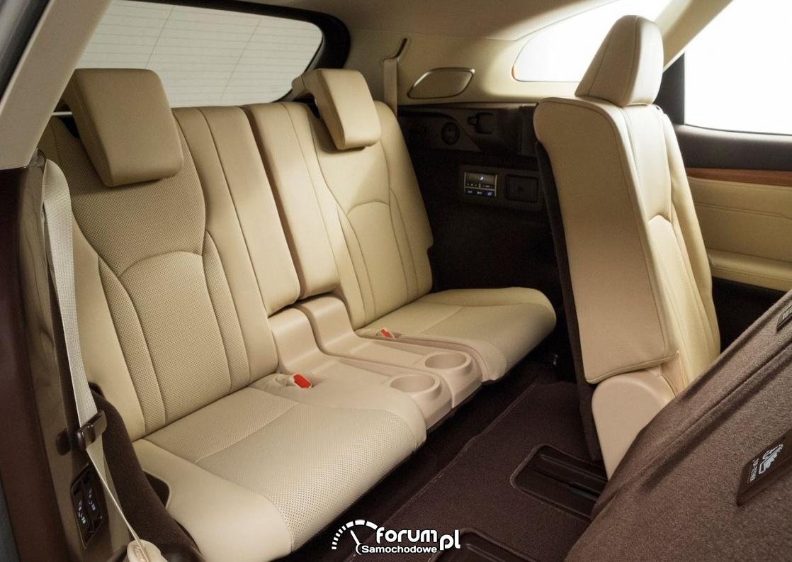 Lexus RX L - 7-miejscowy SUV klasy premium