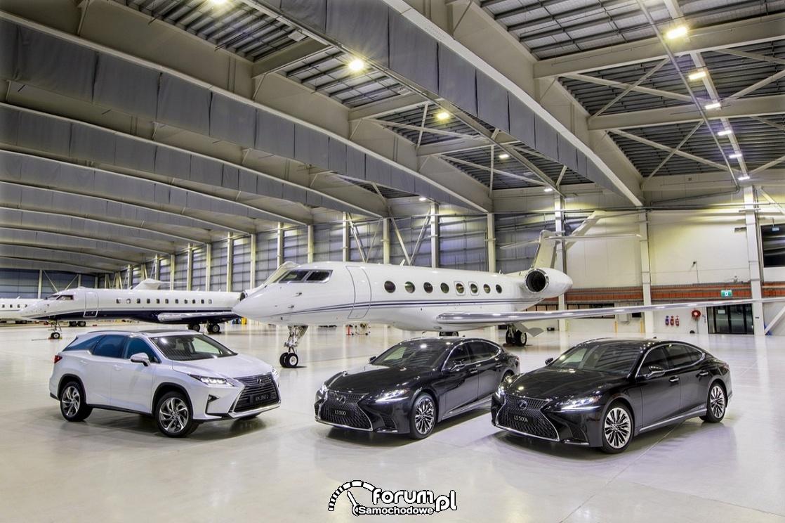 Luksusowe Lexusy, samoloty