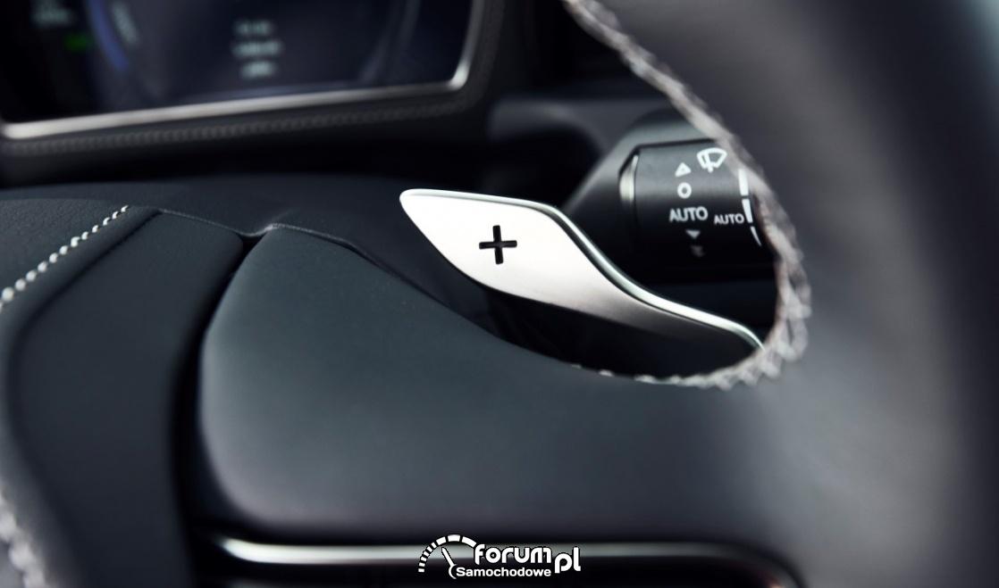 Manetka do zmiany biegów przy kierownicy - Lexus
