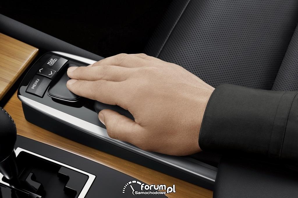 Remote Touch - zdalne sterowanie dotykowego wyświetlacza - Lexus GS450h