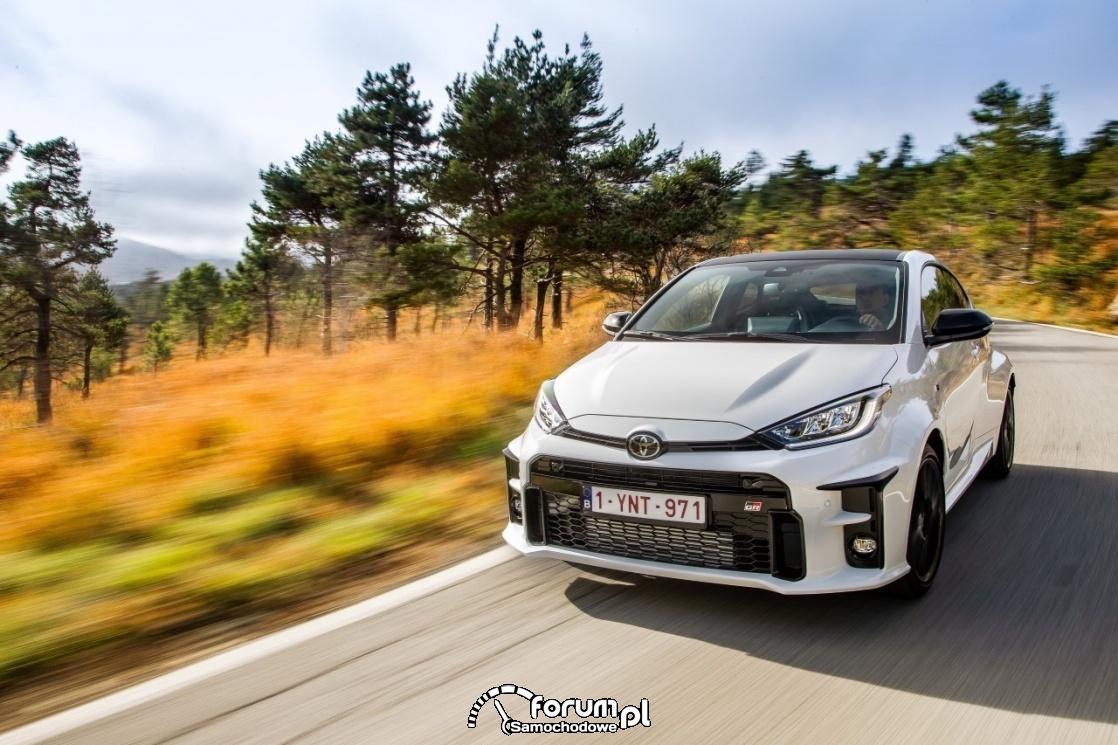 Wielka pętla bieszczadzka - Toyota GR Yaris