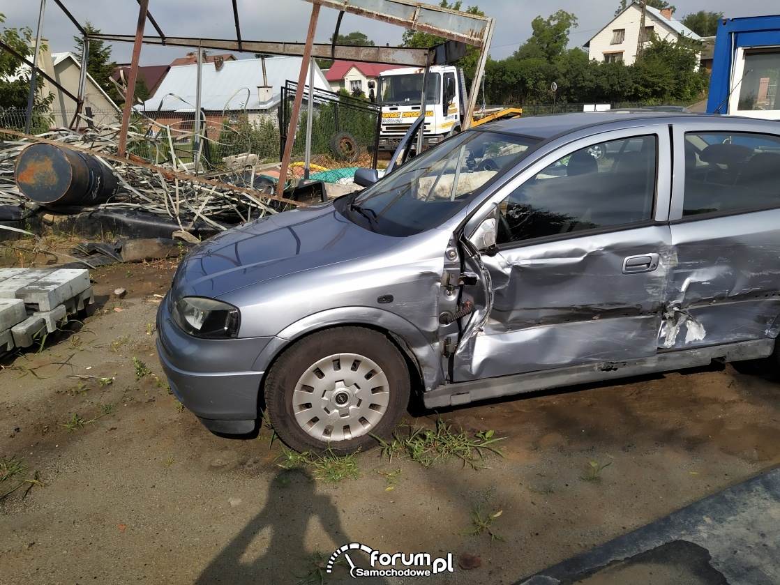 Astra g po wypadku (zdj i filmiki) naprawa?