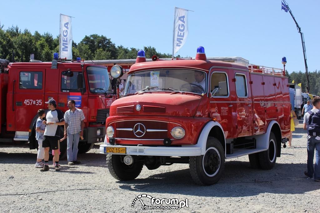 Mercedes 1113, wóz strażacki, przód