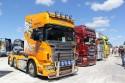 Samochody ciężarowe, ciągniki