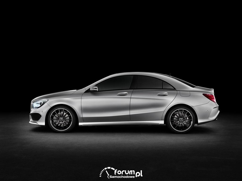 Mercedes-Benz CLA, bok