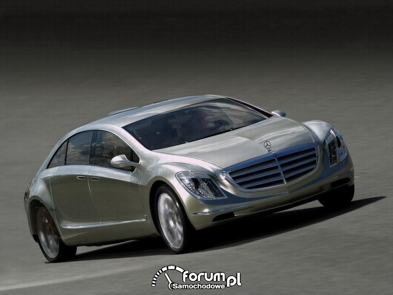 Mercedes Benz f700