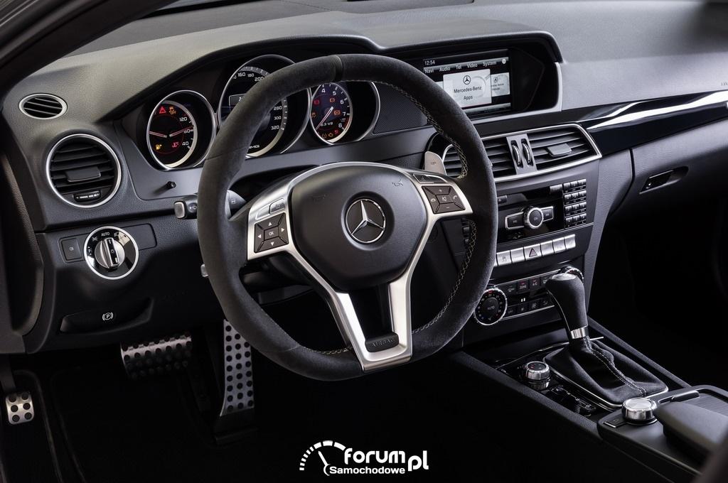 Mercedes C 63 AMG - Edition 507, wnętrze