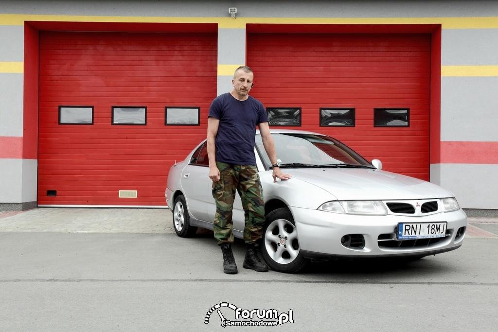 Jerzy Czaja, były spadochroniarz, Mitsubishi Carisma