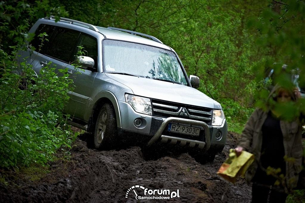 Mitsubishi Pajero w lesie, Zlot Pajero Owners Club