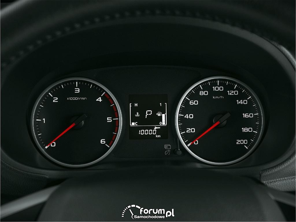 Mitsubishi Triton, licznik, zegary