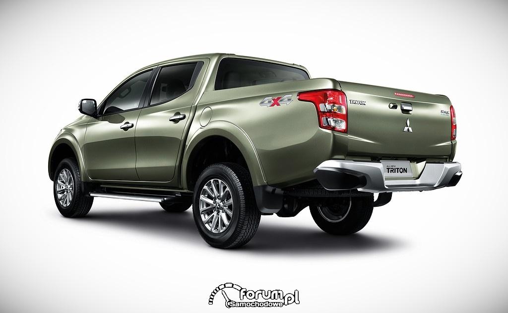 Mitsubishi Triton, tył