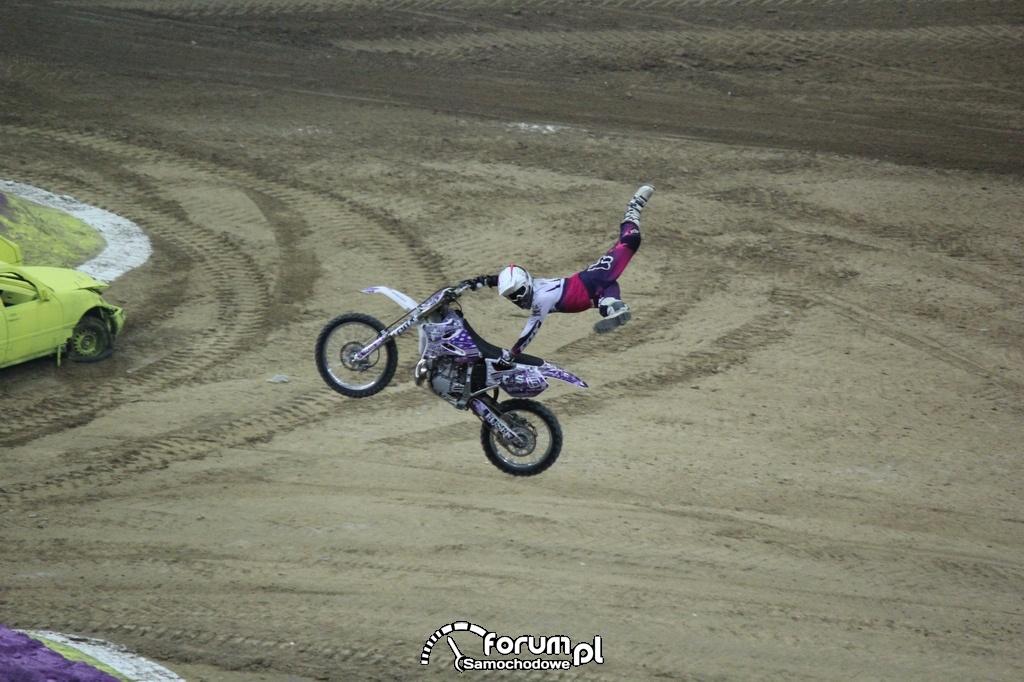 Freestyle Motocross, akrobacje w powietrzu, 10