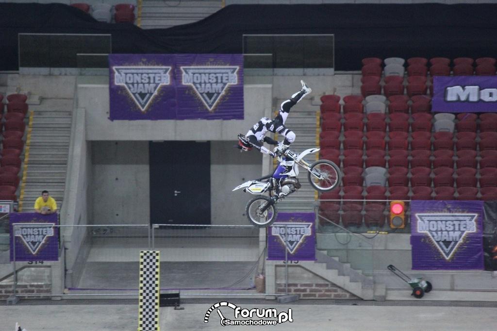Freestyle Motocross, akrobacje w powietrzu, 13