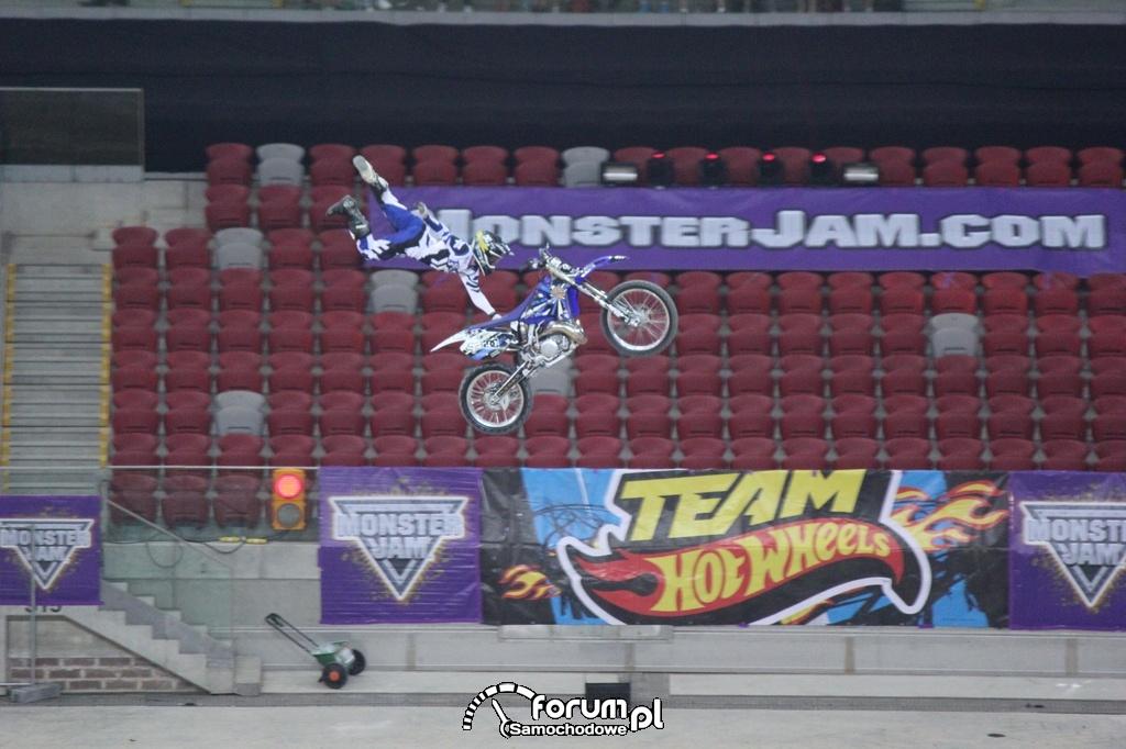 Freestyle Motocross, akrobacje w powietrzu, 3