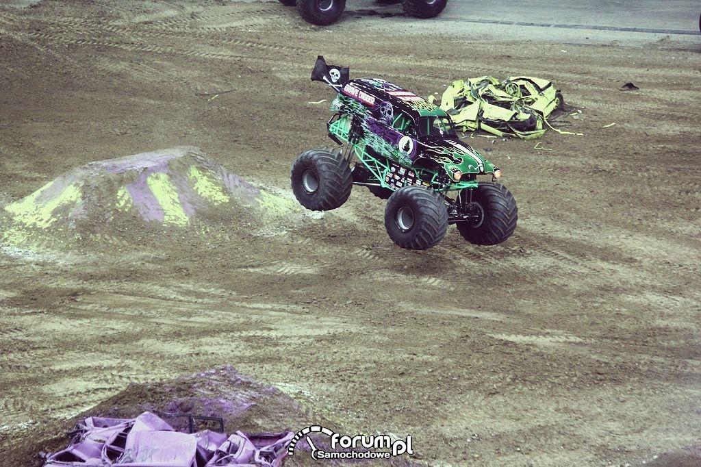 Grave Digger - Monster Truck, 19