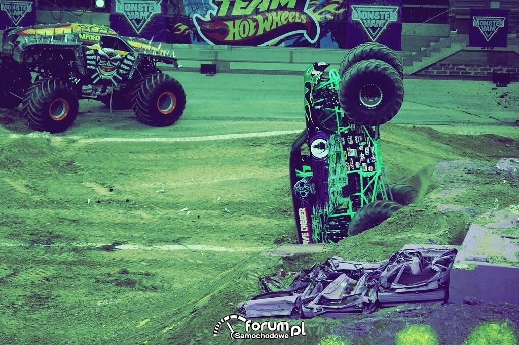 Grave Digger - Monster Truck, 22