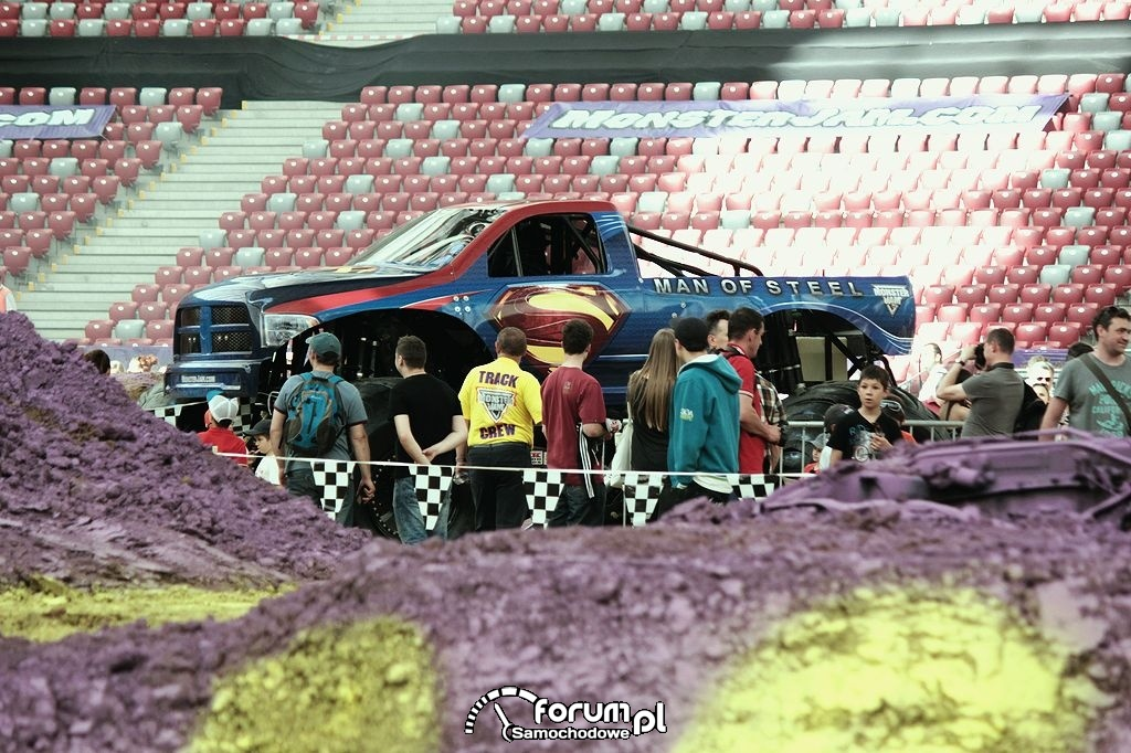 Man of Steel - Monster Truck na Pit Party