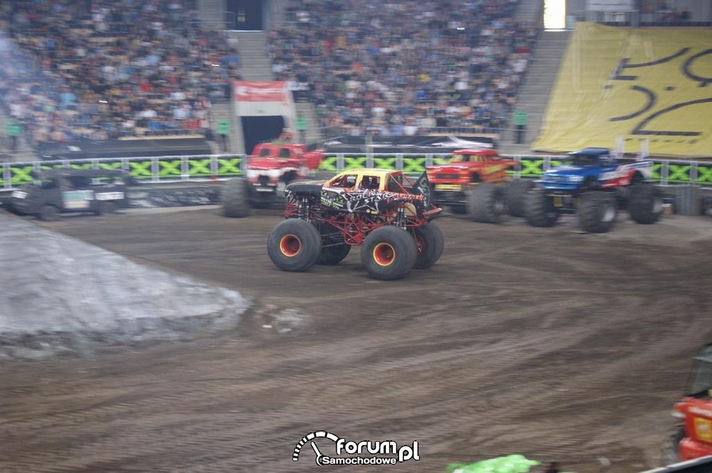 Monster Truck Rock Star, 13