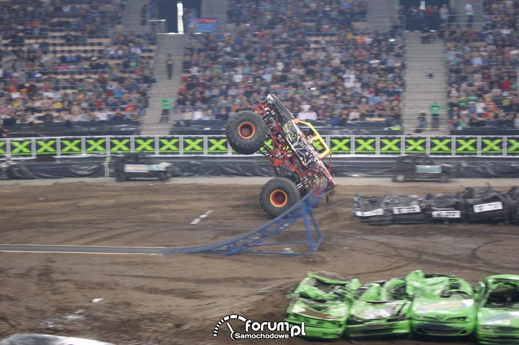 Monster Truck Rock Star, podczas skoku, 3