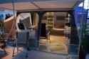 Rozkładany namiot mieszkalny z lekkiej przyczepki