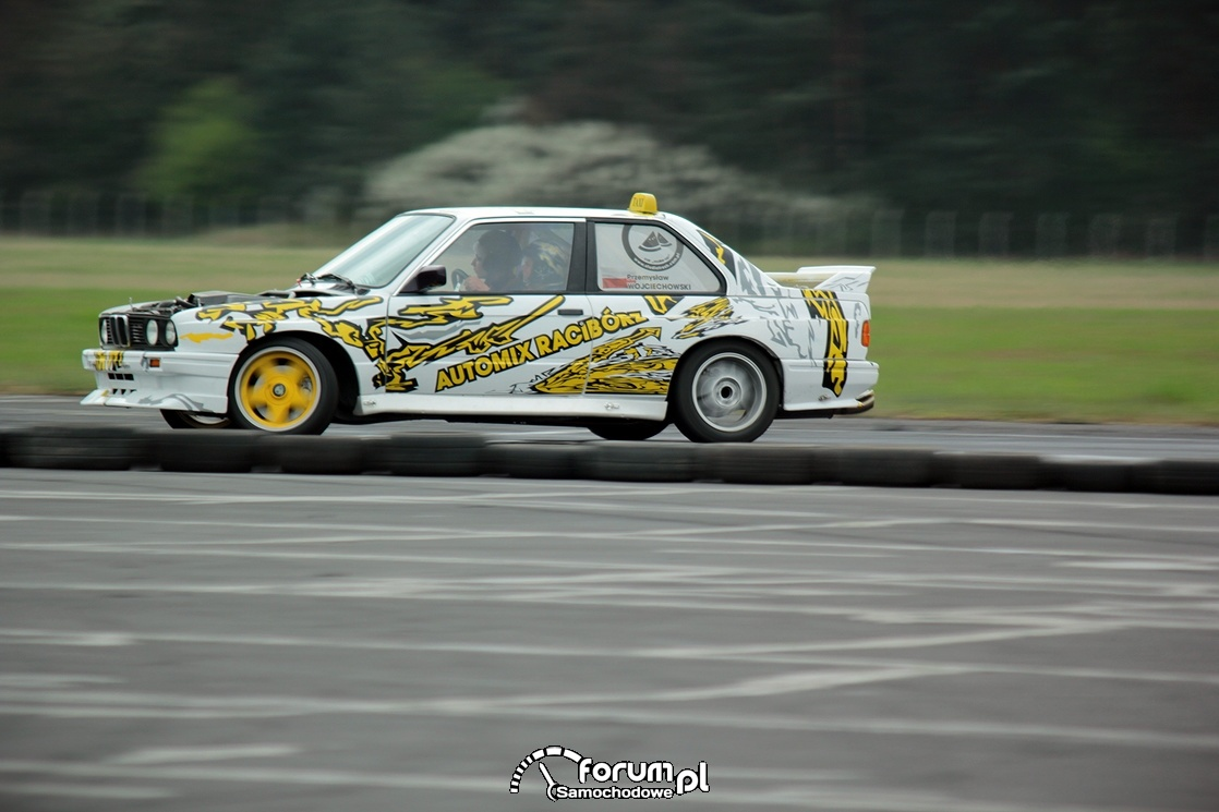BMW E30, drift, bok