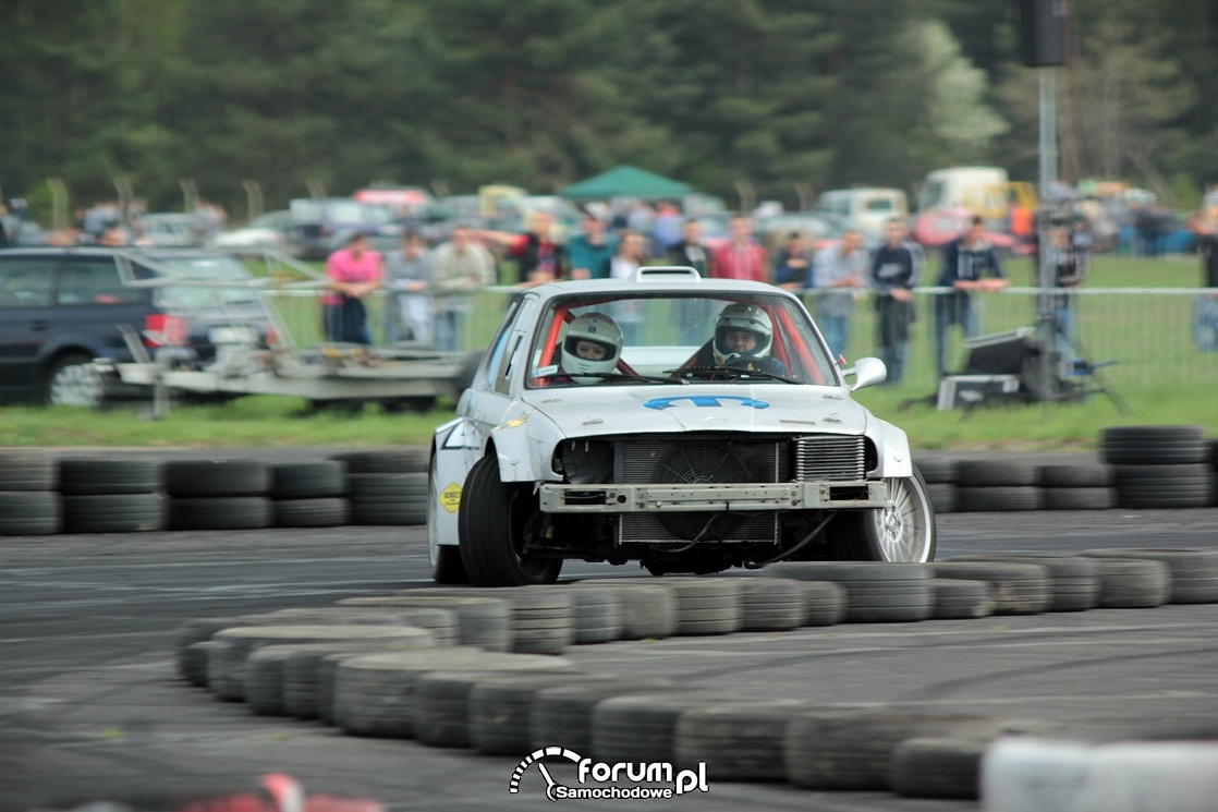 BMW E30, drift, przód