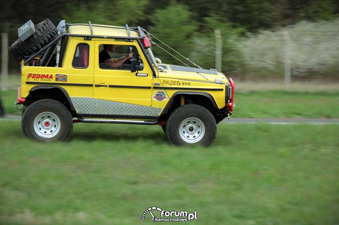 Mercedes G, off-road