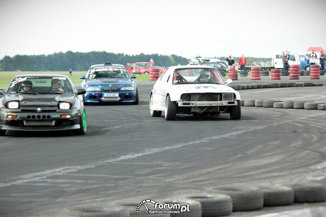 Runda pokazowa drifterów