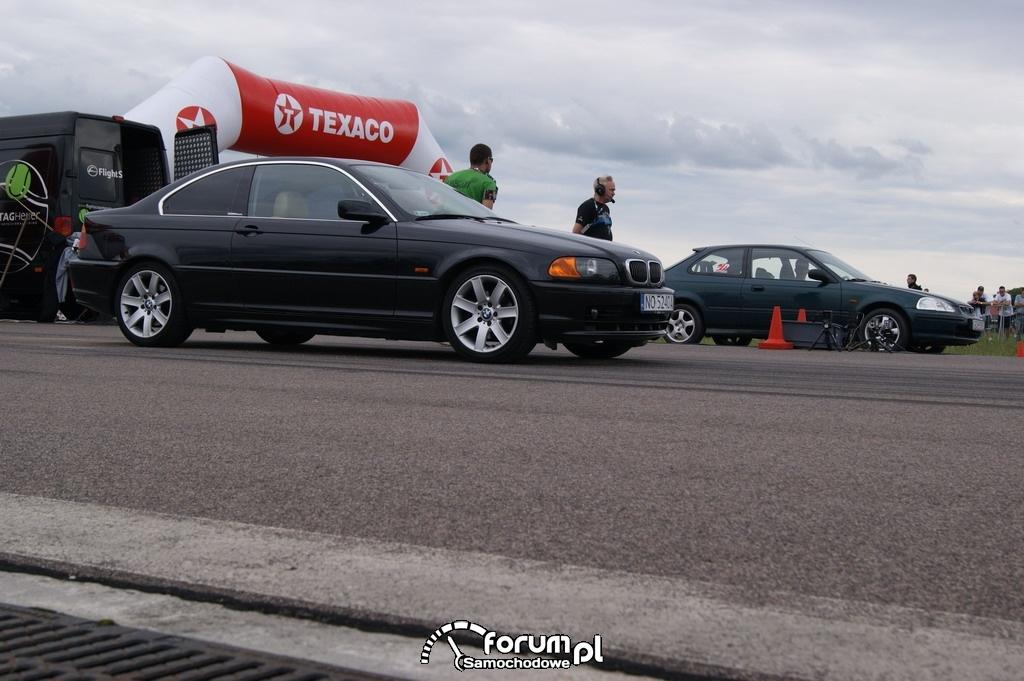 BMW 328ci vs Honda Civic