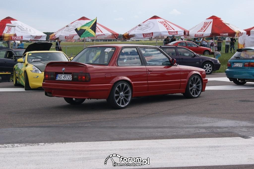 BMW E30, 1-4 mili