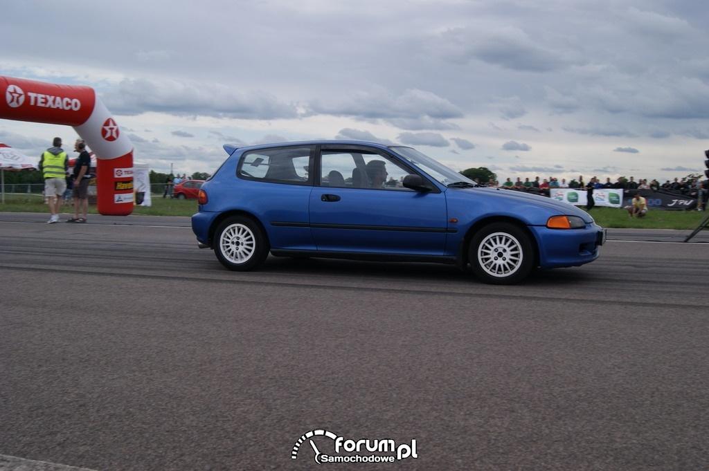 Honda Civic, 1-4 mili
