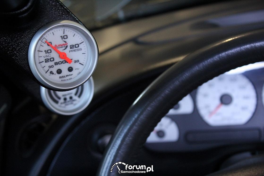 Ciśnienie doładowania BOOST, wskaźnik, zegar