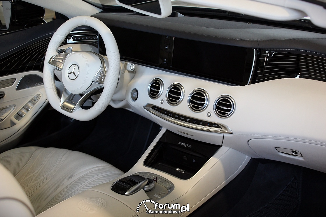 Mercedes S-Class Cabriolet, jasne wnętrze