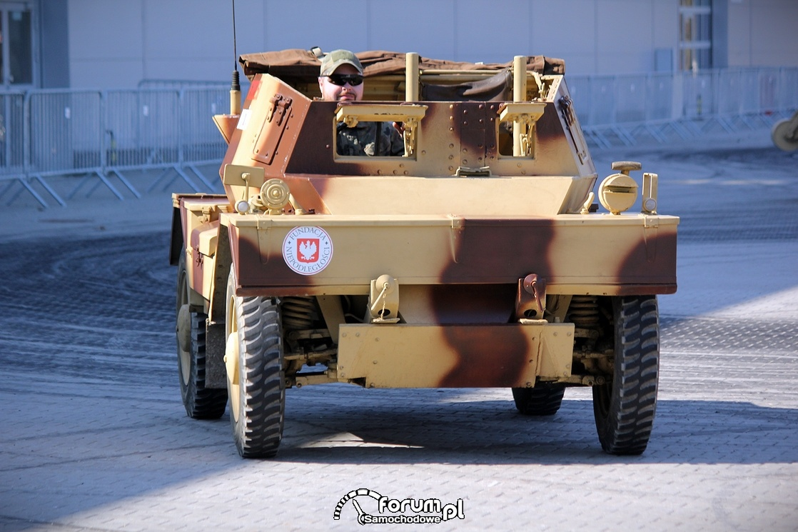 Pojazd militarny - nadzieja, przód