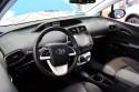 Toyota Prius PHV, wnętrze