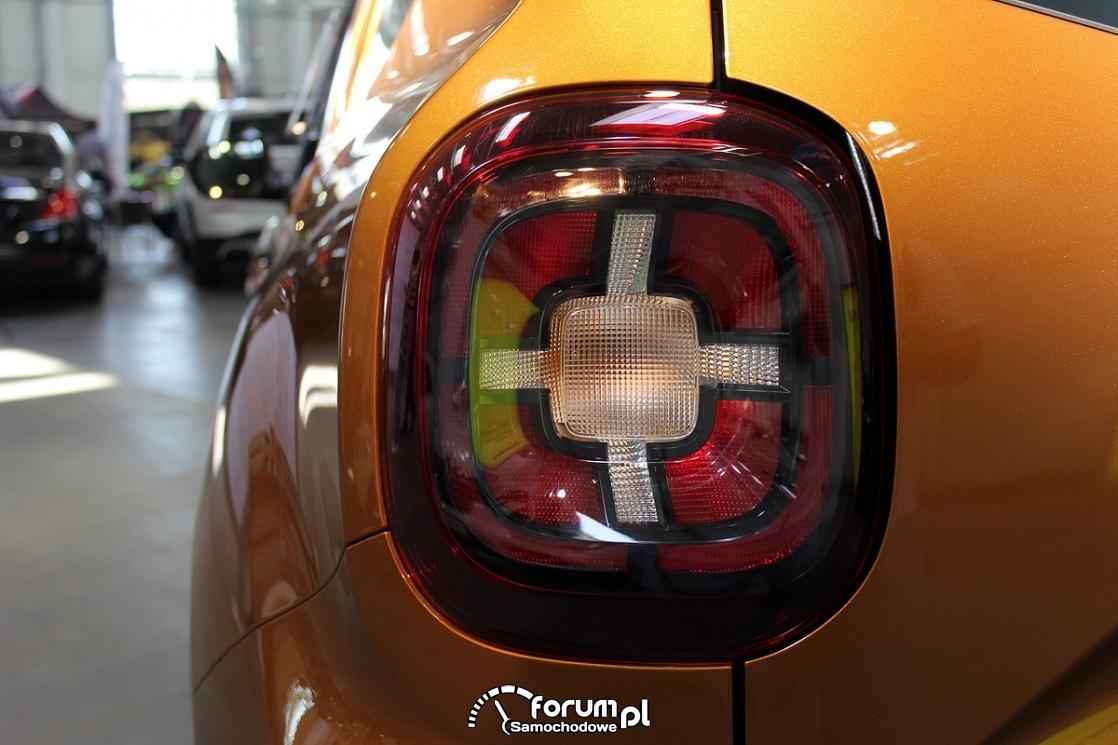 Tylna lampa, Dacia Duster II