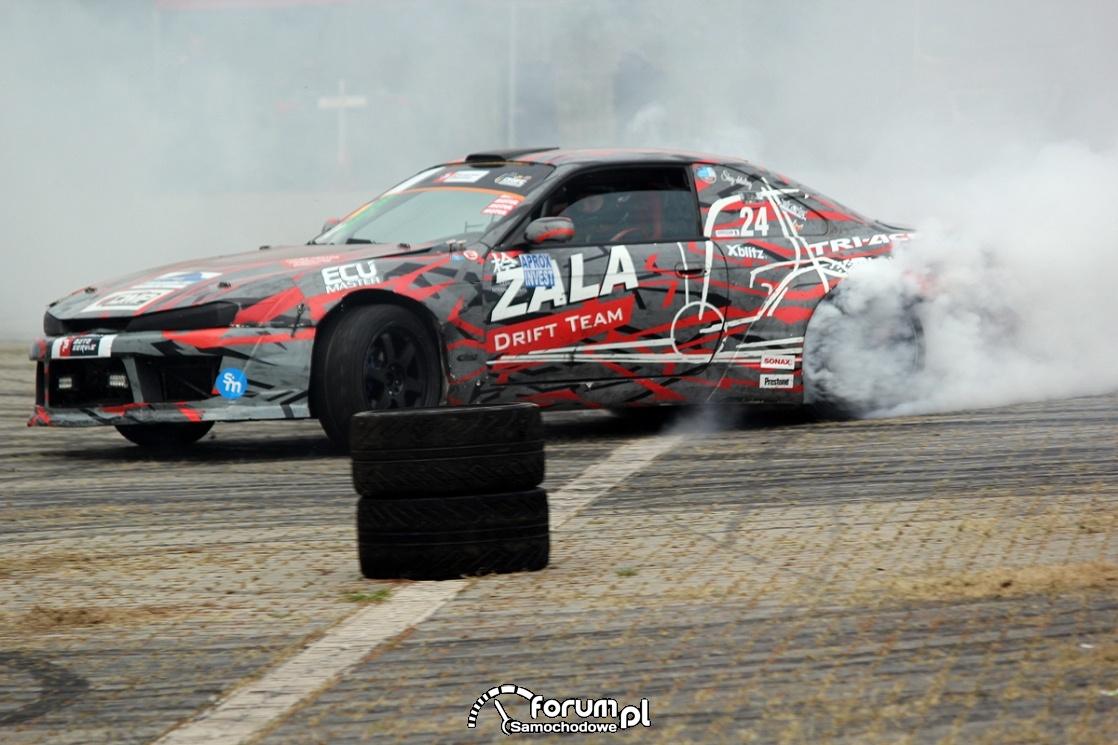 Palenie gumy, drift, Nissan s14 2JZ 750HP 900Nm