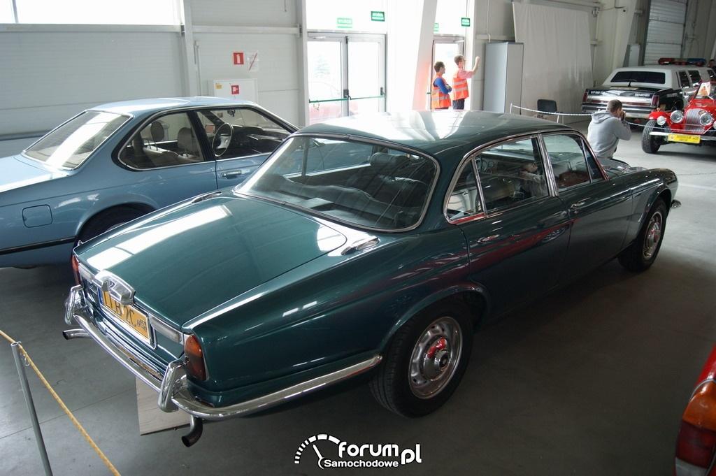 Jaguar XJ6 Seria II Long, 1977 rok, tył