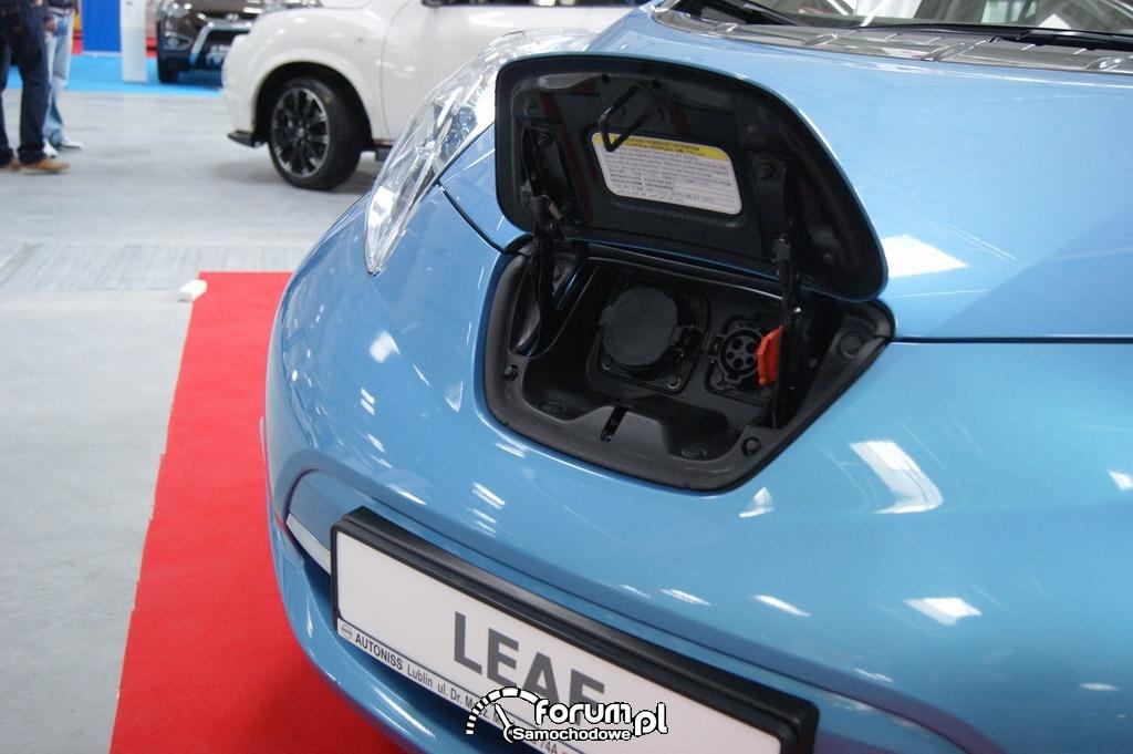 Nissan Leaf, gniazdo ładowania