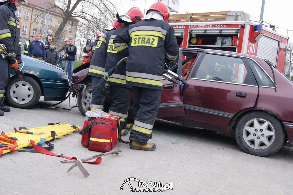 Pokazy ratownictwa drogowego, 6