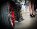 Alufelga z czerwonym rantem, Nissan GTR