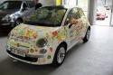 Fiat 500 pomalowany przez dzieci